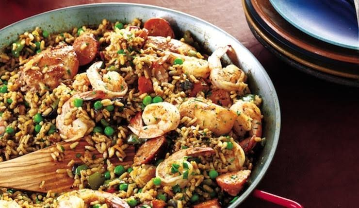 Pin by toni smit on spanje pinterest easy paella recipe traditional paella dont be troubled if your paella forms a crust on the bottom as it cookspaella aficionados consider these chewy bits forumfinder Images