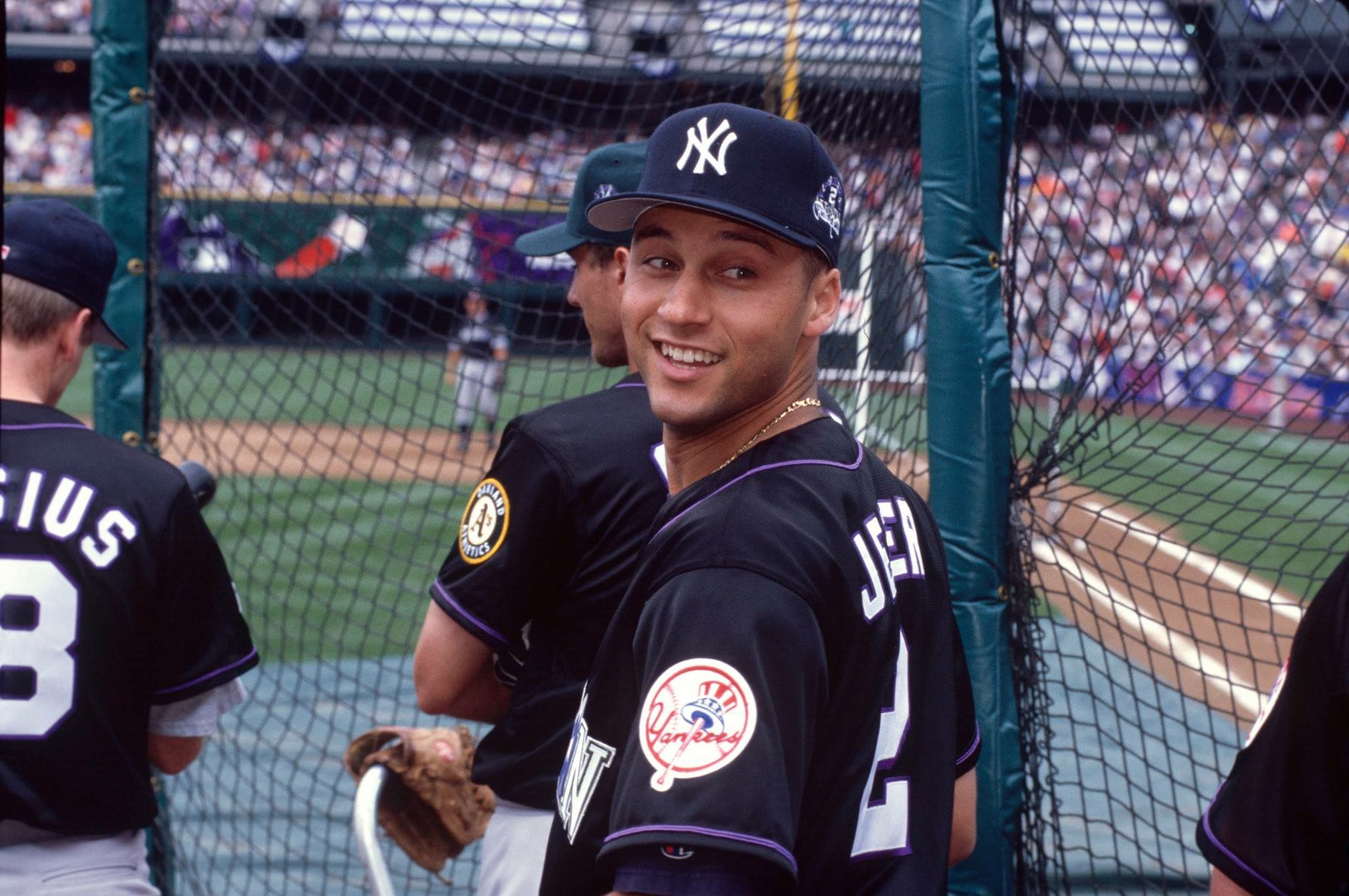 Pin By Jeanette Stuart On Ny Yankees With Images Derek Jeter New York Yankees New York Yankees Baseball