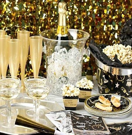 13 New Years Eve Party Decorations Ideas | Decoration, Holidays and ...