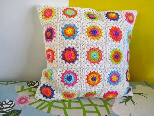 Color \'n Cream: Free #Crochet Flower Square Tutorial, thanks so xox ...