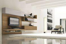 Modern Interieur Woonkamer : Aan de muur gemonteerde televisie u a moderne woonkamer met houten