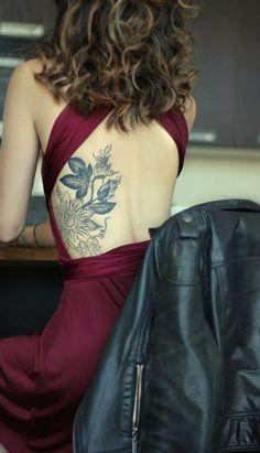 Kwiatek Na Zebrach Tattoo Side Tattoos Women Tattoos For Women Back Tattoo Women