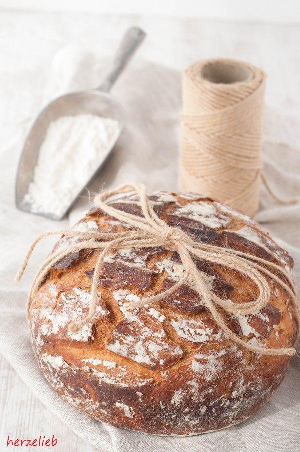 ᵂᴱᴿᴮᵁᴺᴳ Norddeutsches Landbrot Rezept Brot Mit Toller Kruste Und Saftiger Krume Mit Bildern Brot Selber Backen Brot Backen Einfach Brot Selber Backen Rezept