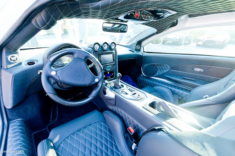Bugatti Veyron & SSC Ultimate Aero, Interior Comparison ... |Ssc Interior