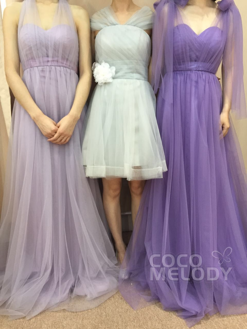 Wow , i would order these dresses for my bridesmaids ...