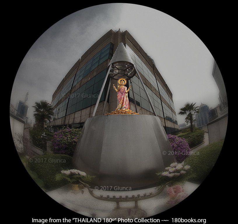 The shrine of Goddess #Lakshmi, 4th fl of Gaysorn Village #Bangkok ~~ พระแม่ลักษมี ณ ดาดฟ้าชั้น 4 เกษรวิลเลจ #ราชประสงค์  Photo Courtesy: George Edward Giunca