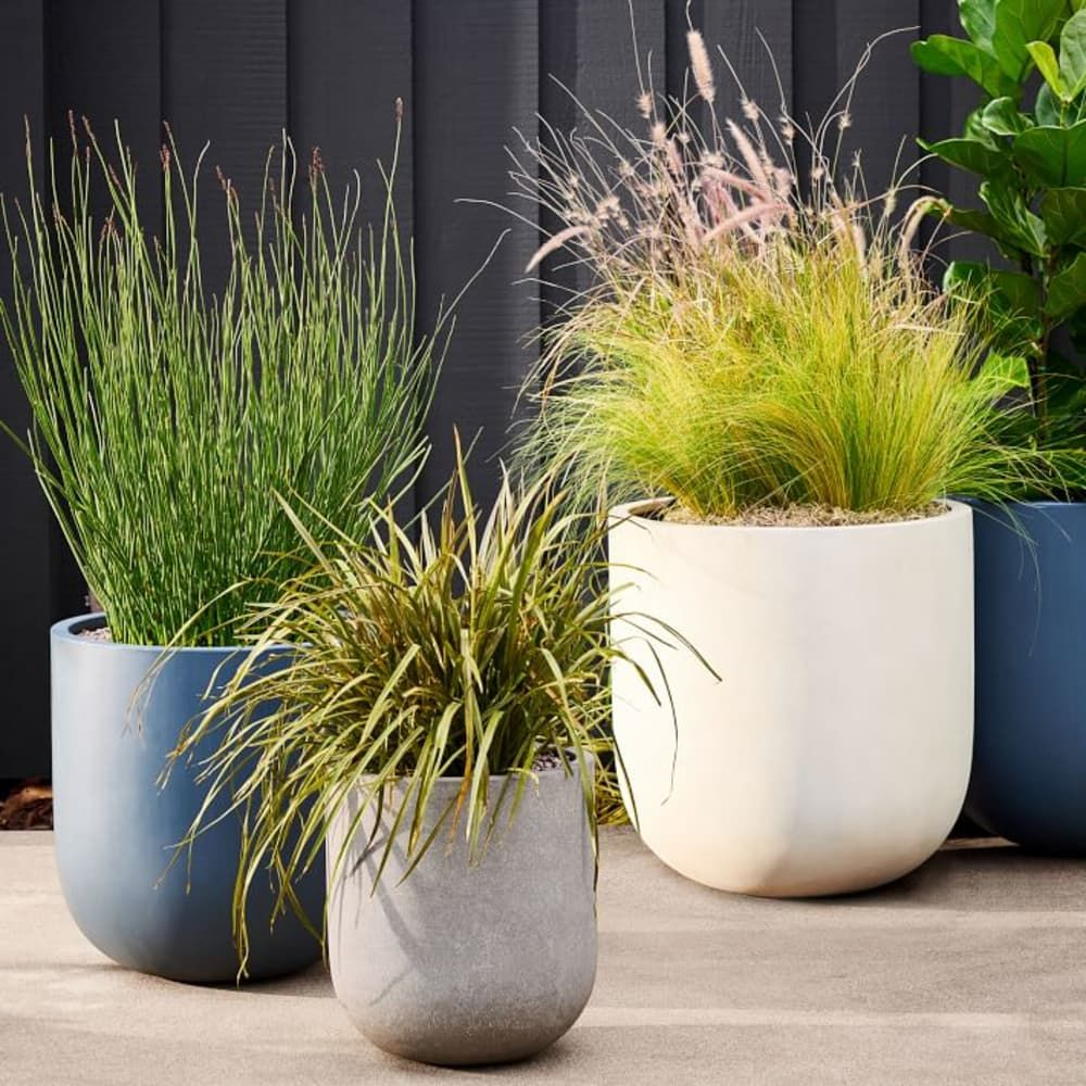 This Retailer Is The Best Place To Shop For Modern Planters Planters Modern Planters Outdoor Planters