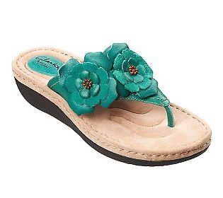 e78621bdafb Clarks Artisan Latin Flower Leather Thong Sandals