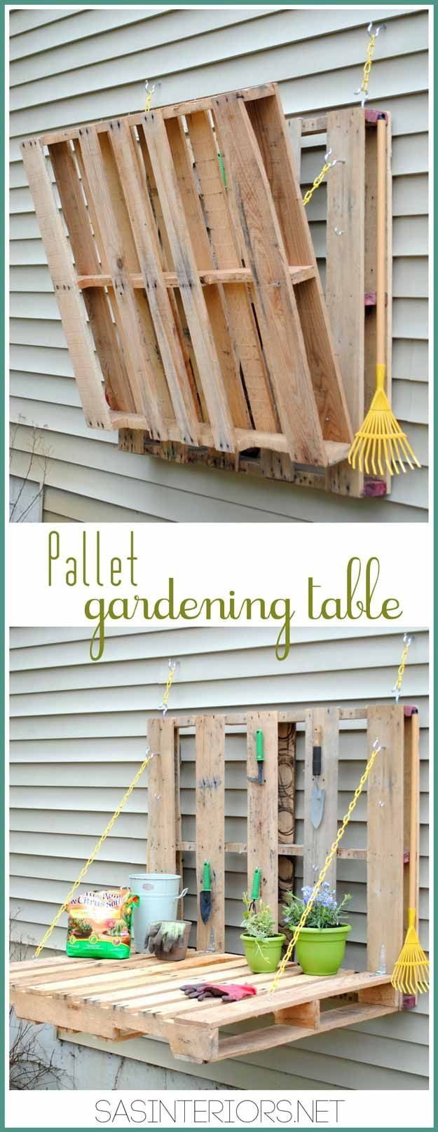 Fould out gardening table with two pallets - genius! | 14 Pallet Projects For Your Garden This Spring