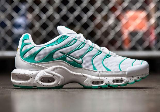 check out f2145 8c4d5 ... Nike Air Max Plus ...