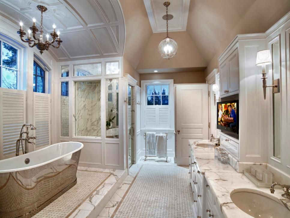 Gorgeous bathroom I want to live in!