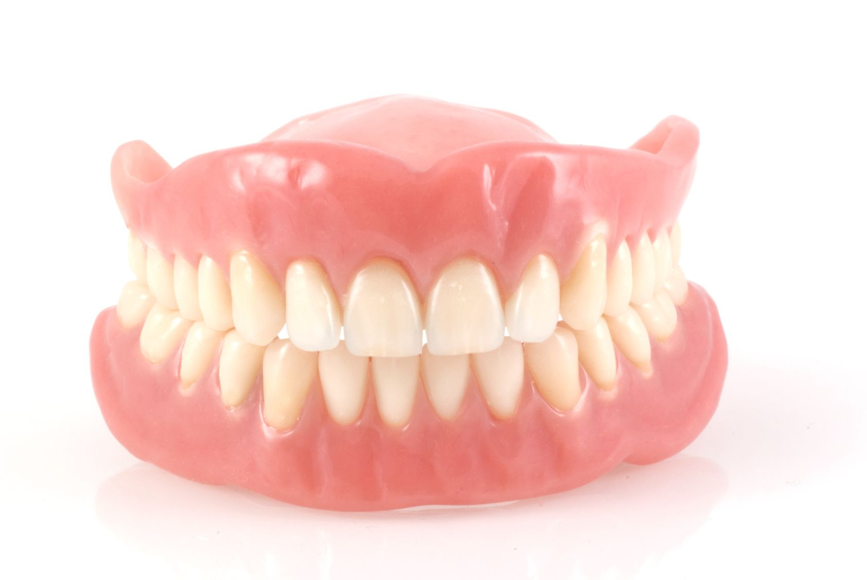 Pros and cons of dental prosthetics 31