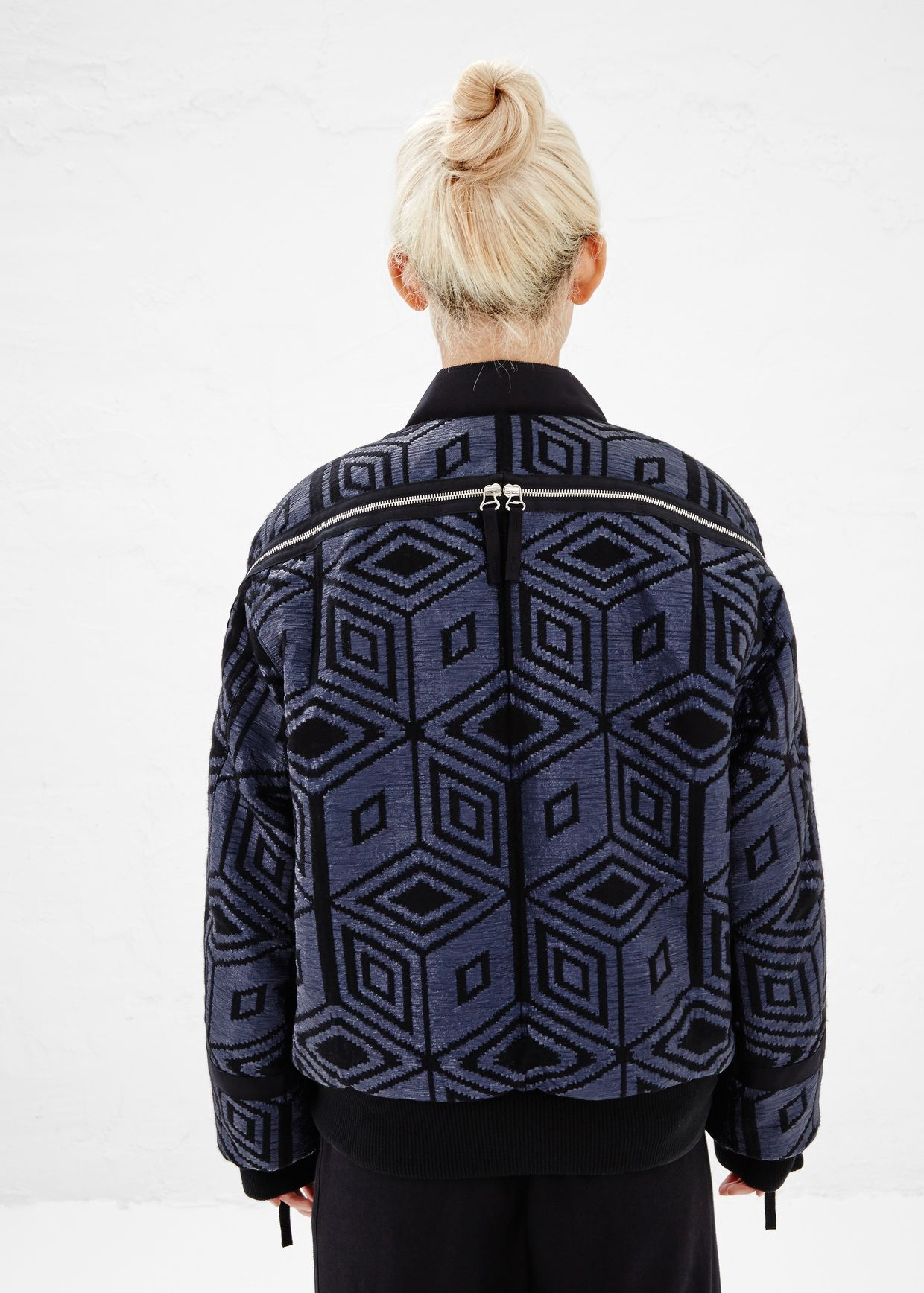 Longsleeved jacket in a glossy blue and black wool blend