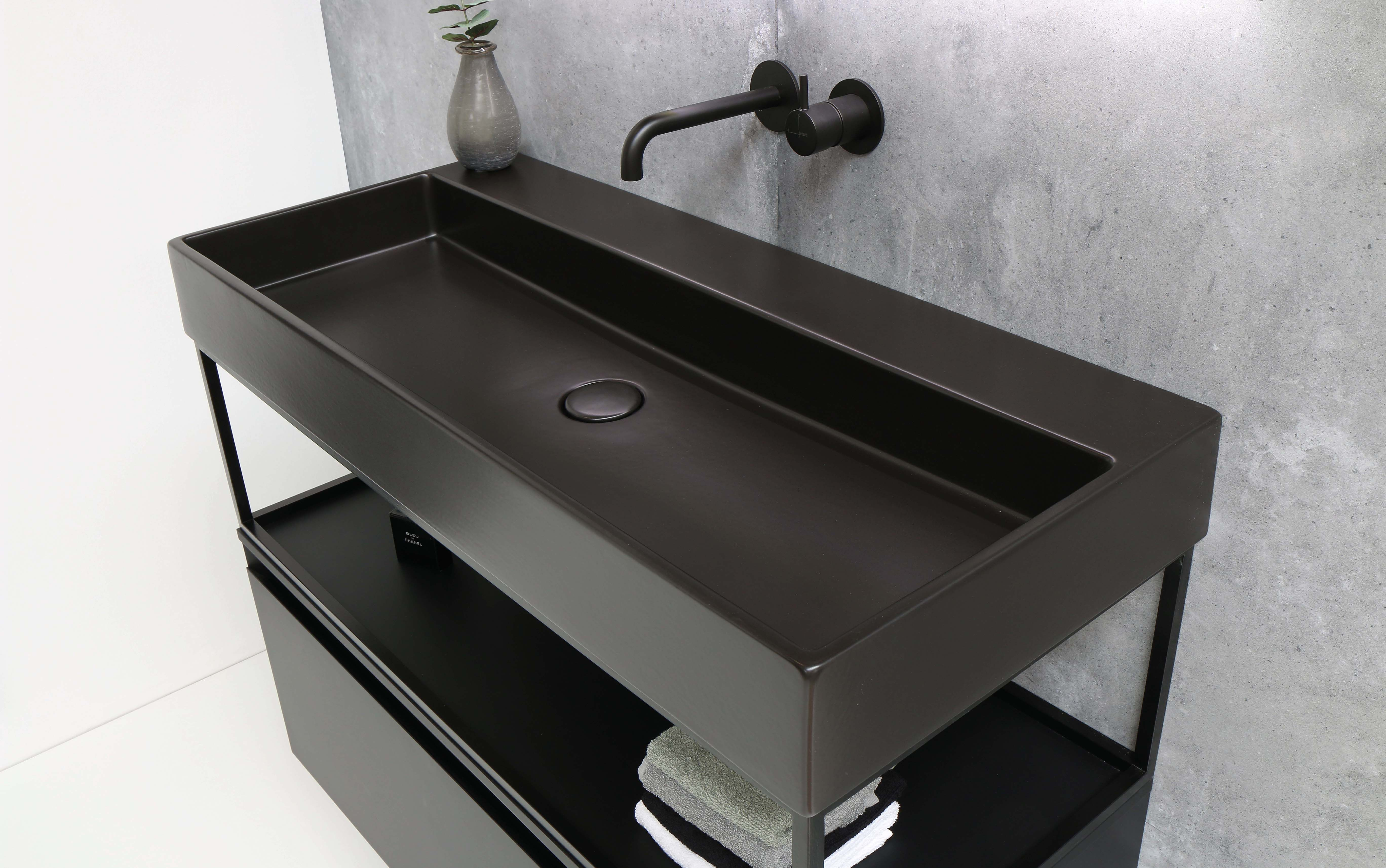 Dubbele wastafel 100 x 40 mooi wastafel 100 badkamermeubels Ink united mat zwart 100 cm ferro frame 100 cm onderkast enkele