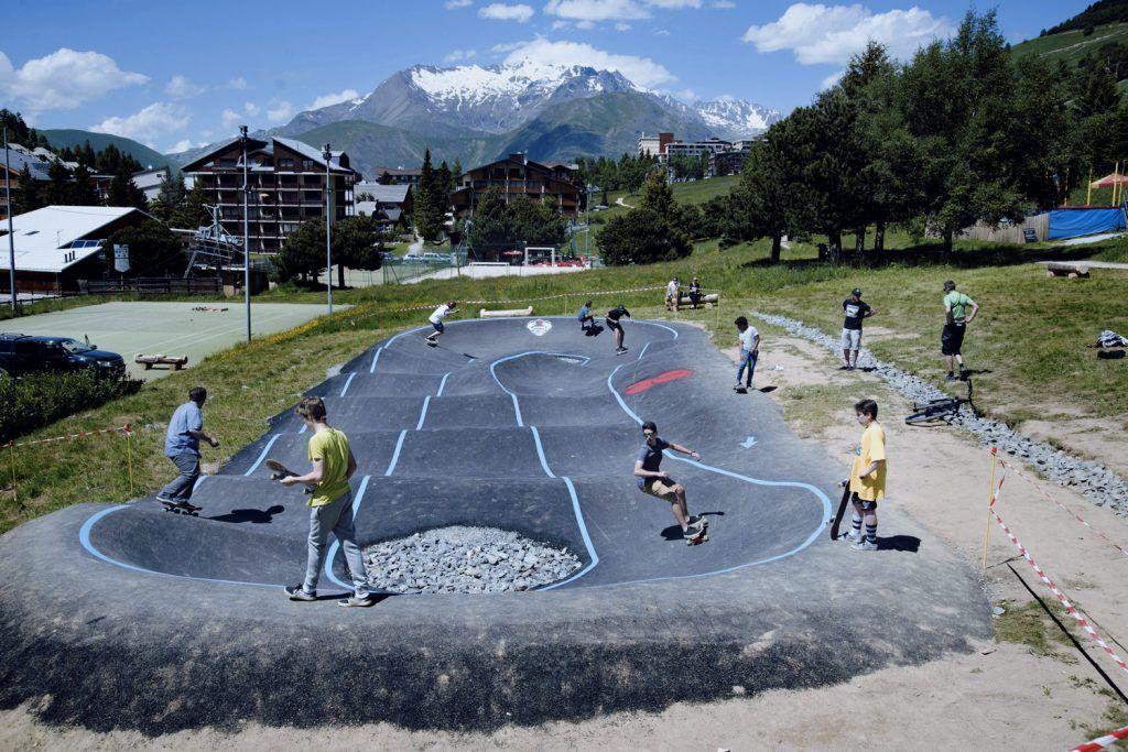Resultat De Recherche D Images Pour Pumptrack Bike Parking Park Track