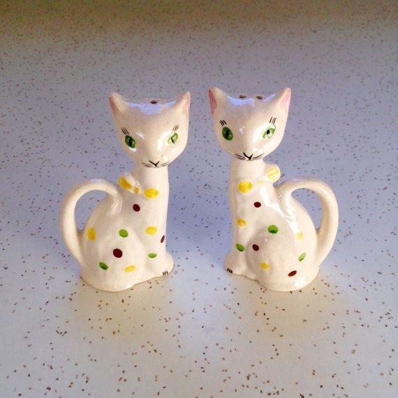 Mischievous Cat Salt or Pepper Shaker