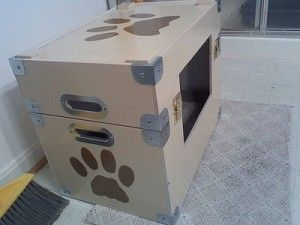 reciclaje casa para perro con cajas de cart n cosas para mascotas pinterest dog care. Black Bedroom Furniture Sets. Home Design Ideas