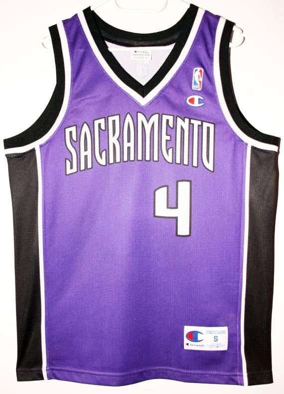 3eda1c2bca49 Champion NBA Basketball Sacramento Kings  4 Chris Webber Trikot Jersey Size  36 - Größe S - 79