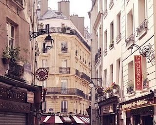 the sweet streets of paris!