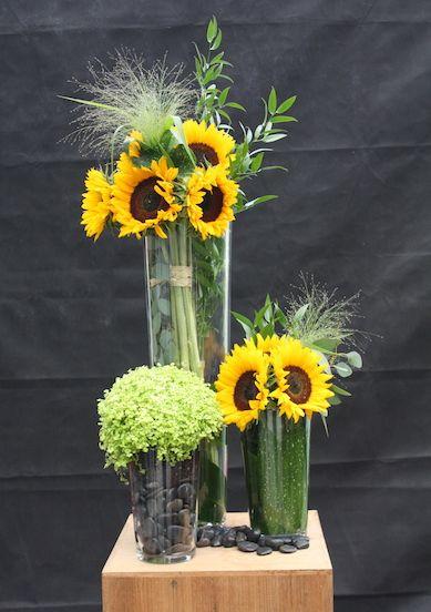bouquet de fleurs composition tournesol fleurs pinterest composition et bouquets. Black Bedroom Furniture Sets. Home Design Ideas