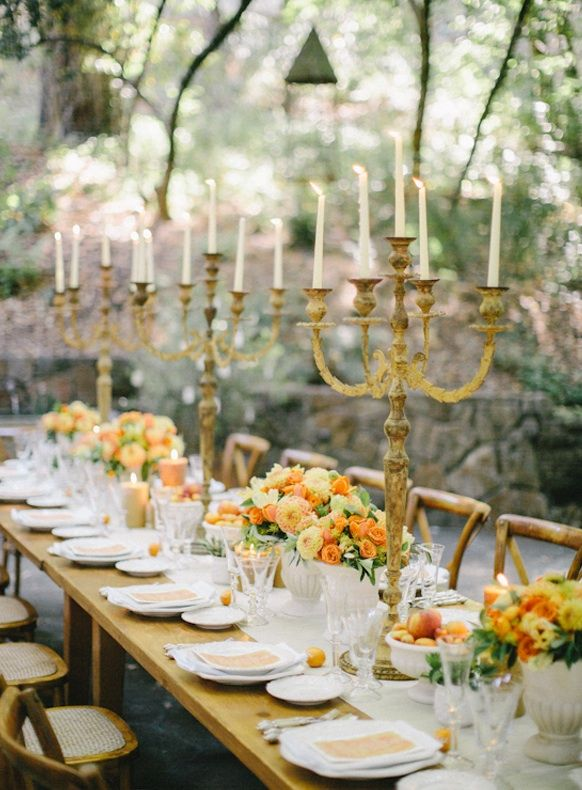 Setting Ideas Rustic Table Decoration Combination Of Orange And Gold Which Gives A Warm Very Elegant Touch