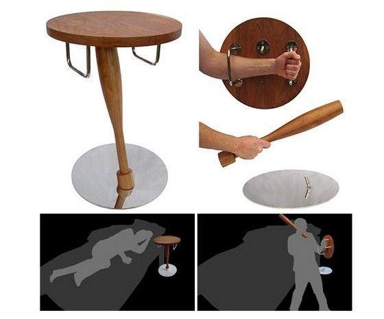 agression inutilesmais Table anti zombiesObjets de RL3j54A