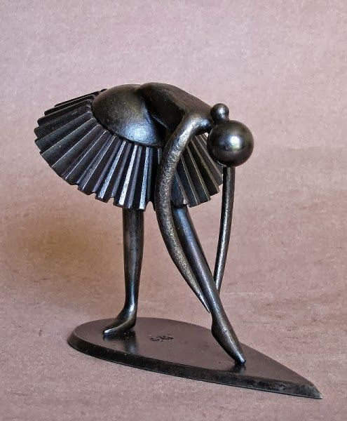 French sculptor Jean-Pierre Augier, was born in Nice, he lives and works in Saint-Antoine-de-Siga, between Levens and Saint-Blaise (Alpes-Maritimes, France).