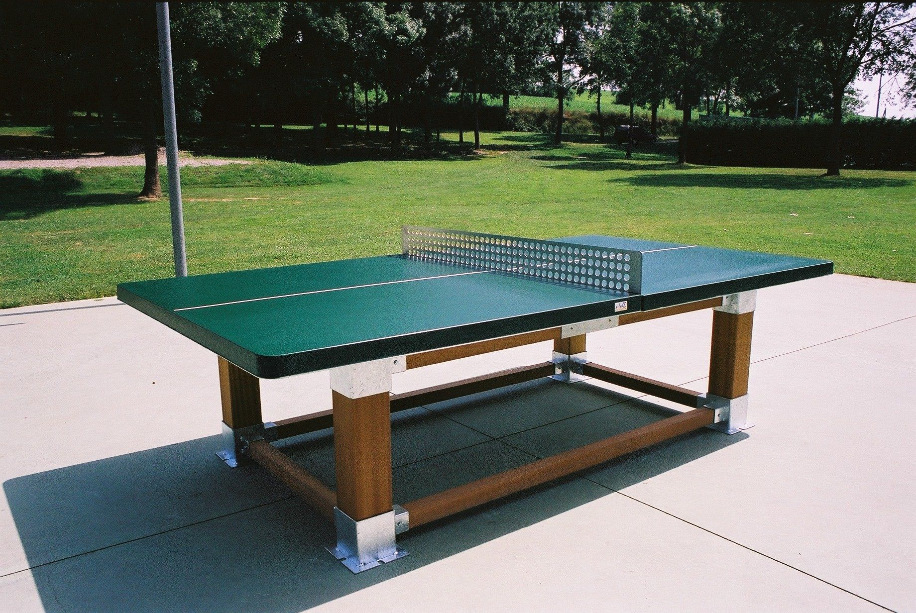 Captivating outdoor ping pong table with images