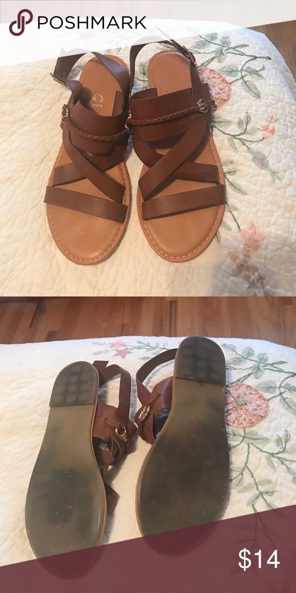 Tan sandals Tan sandals with gold accents VERY COMFY and great condition. Rouge Helium Shoes Sandals
