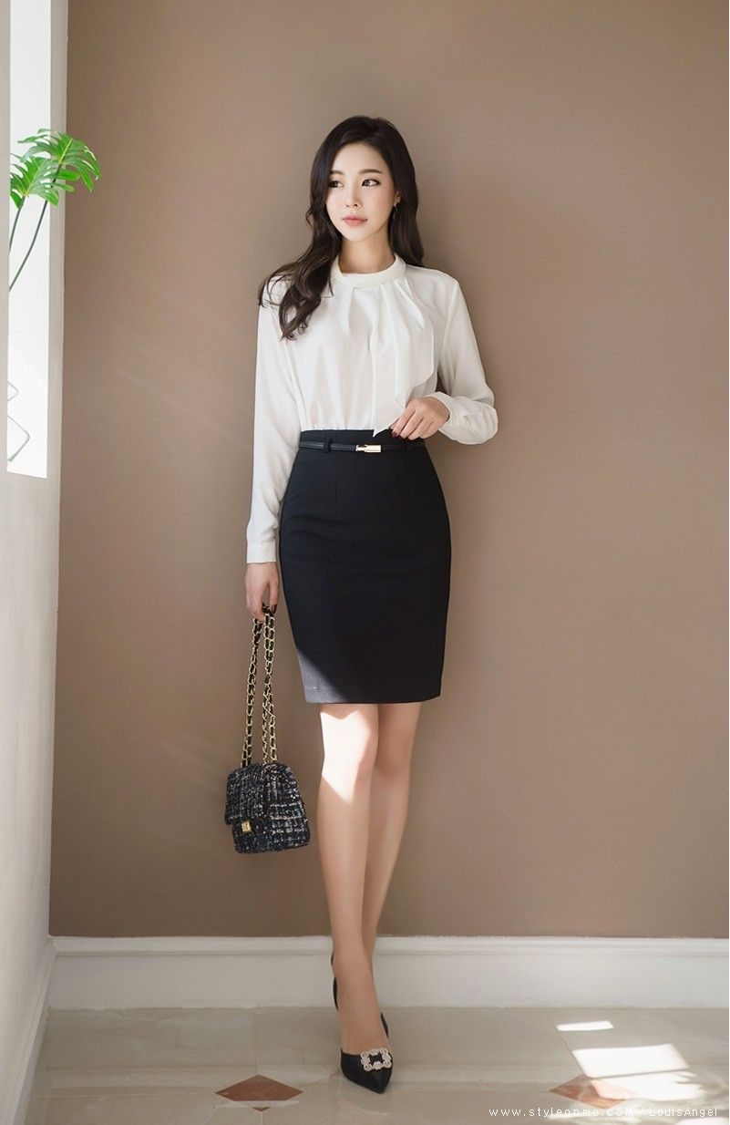 Pin by Juan A on Attitude   Korean fashion women, Lawyer