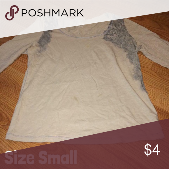 Women's Top Very cute! I'm listing this as good condition because it has been worn multiple times, however there is no flaws! Price is firm on this item! Will be washed! St. John's Bay Tops