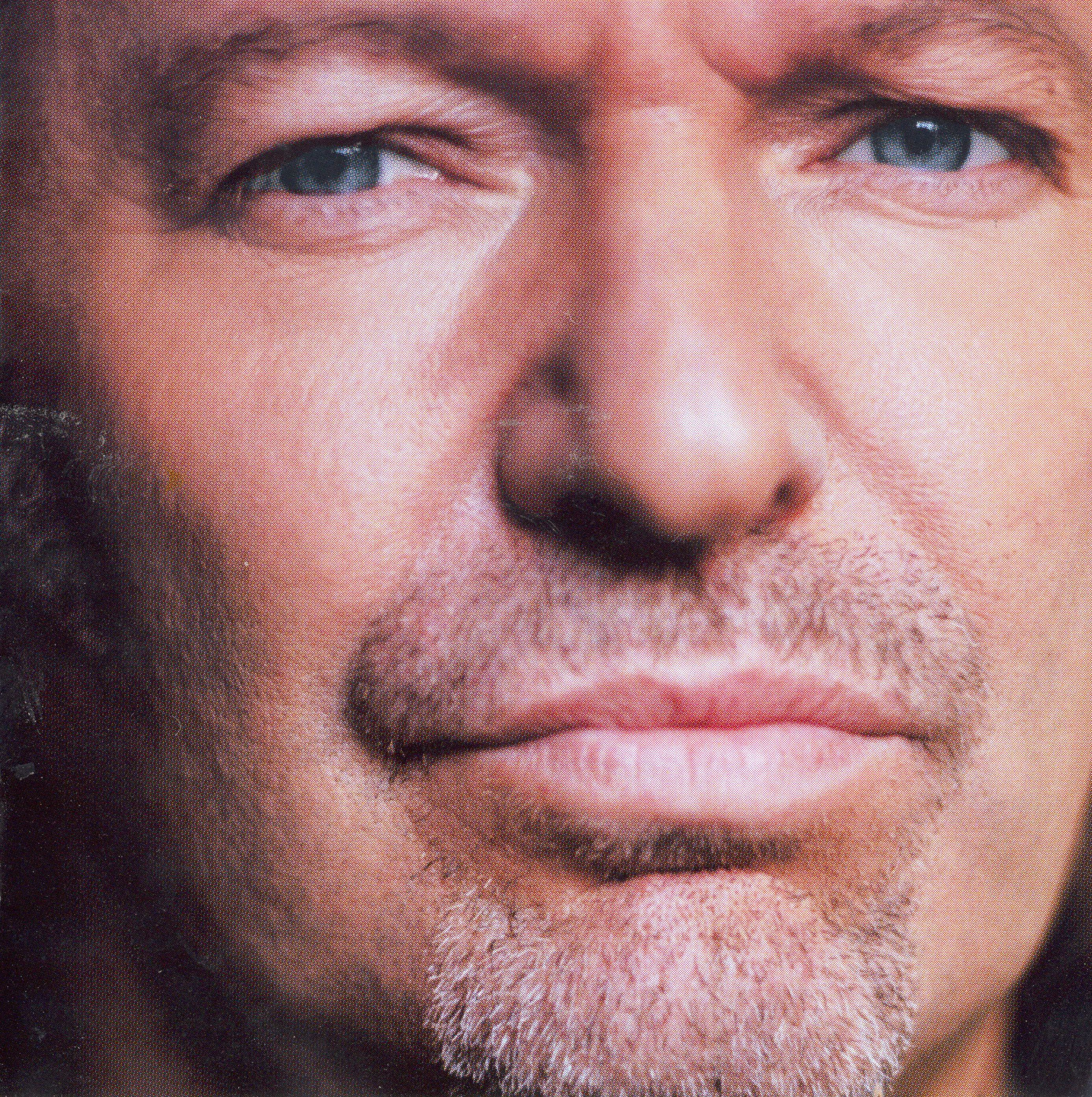 Vasco Rossi 2014 Album Vasco Rossi 2002 Tracks 7 Music Cover Pinterest Music Covers