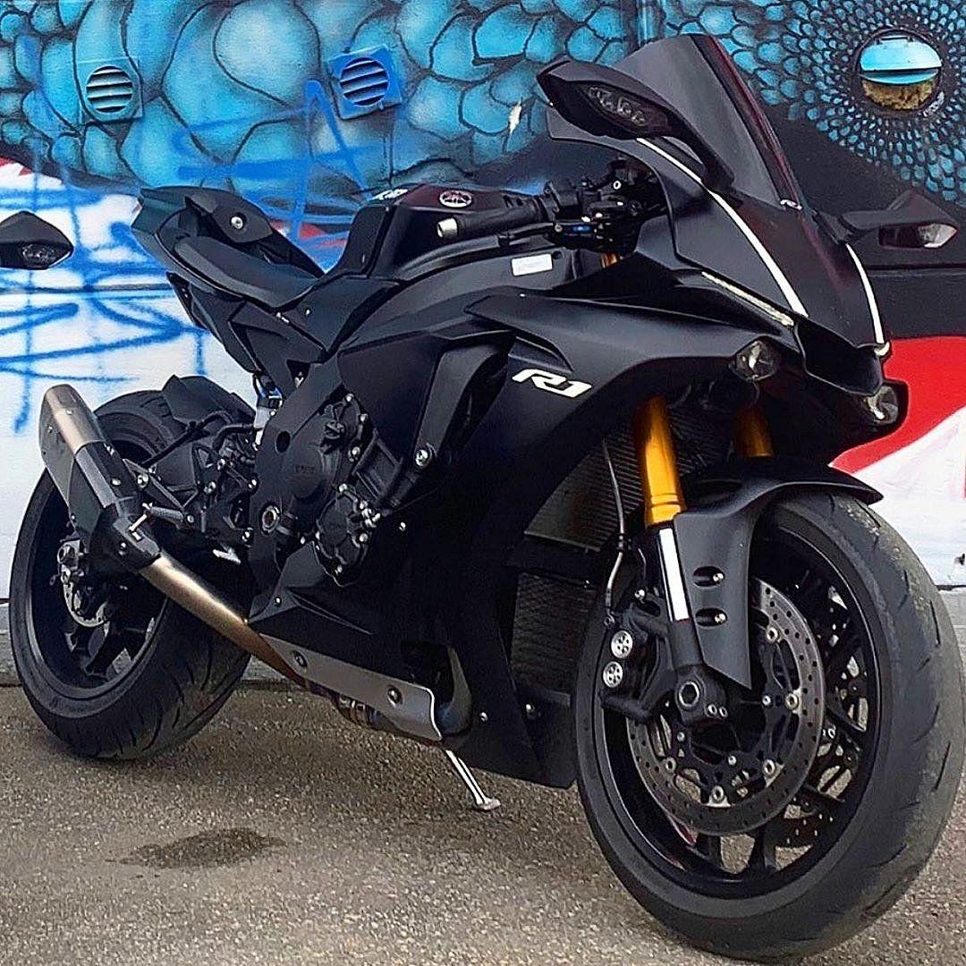 Pin By Adam Jablonski On Ganteng Parah Broo In 2020 R1 Bike Yamaha Motorcycles Sports Bikes Motorcycles