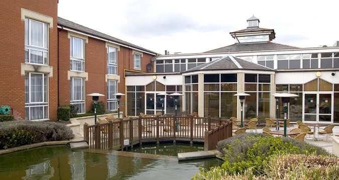 Hilton Northampton Hotel Wedding Venue In Northamptonshire