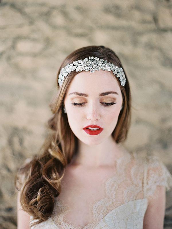 Beautiful bridal headband from Enchanted Atelier   Photo by Laura Gordon