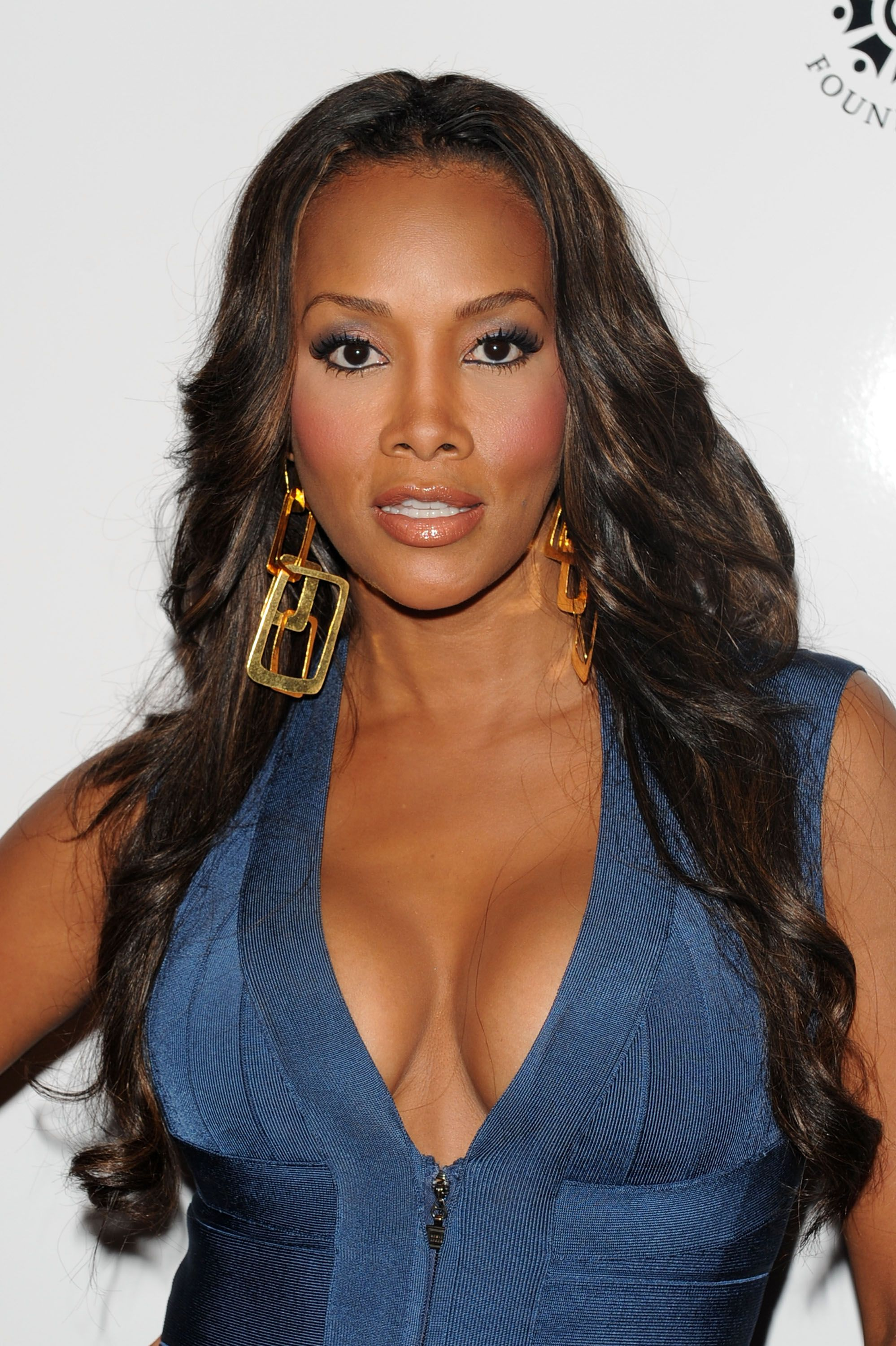 Does Vivica A. Fox Gets Her Groove Back With Younger Beau ...