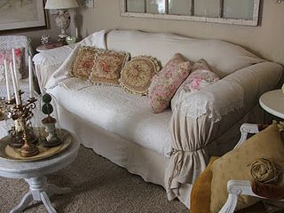 No-sew slipcover with tutorial (from Shabby Jen)