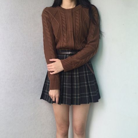 9b84a68eec Korean fashion. Style skirt outfits like you would be comfortable wearing  it skirt lenght wise.
