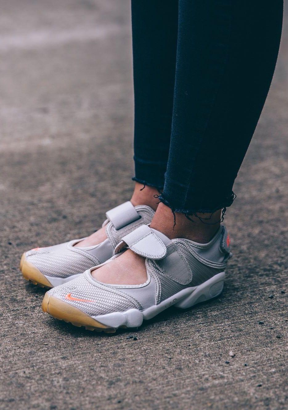 3fe97bd7eaa Nike Air Rift | Sneakers: Nike Air Rift | Nike air rift, Sneakers ...