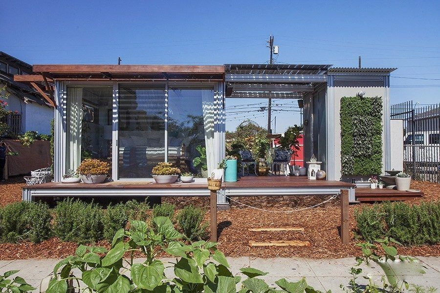 5 affordable modern prefab houses you can buy right now | My