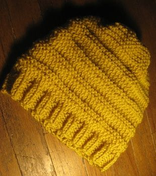How to Easy Beginners Knit and Purl Hat Knitting Pattern  dfe8a0e3a193