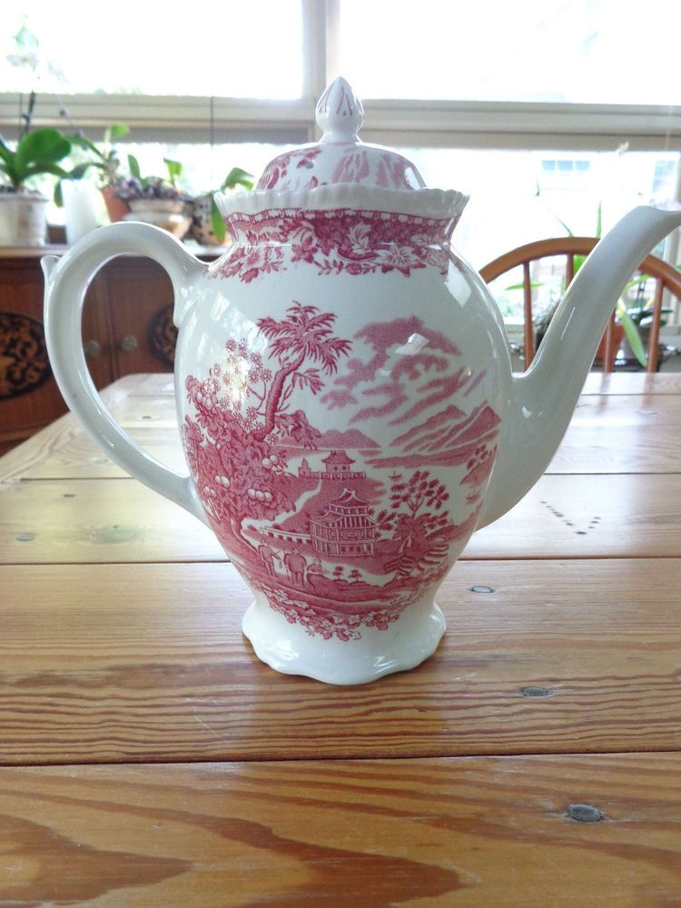 9.5in total height Seaforth Pink Woods & Sons Wood's Burslem Red Transferware Coffee/Tea Pot