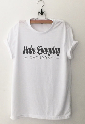 make everday saturday black and white graphic tee