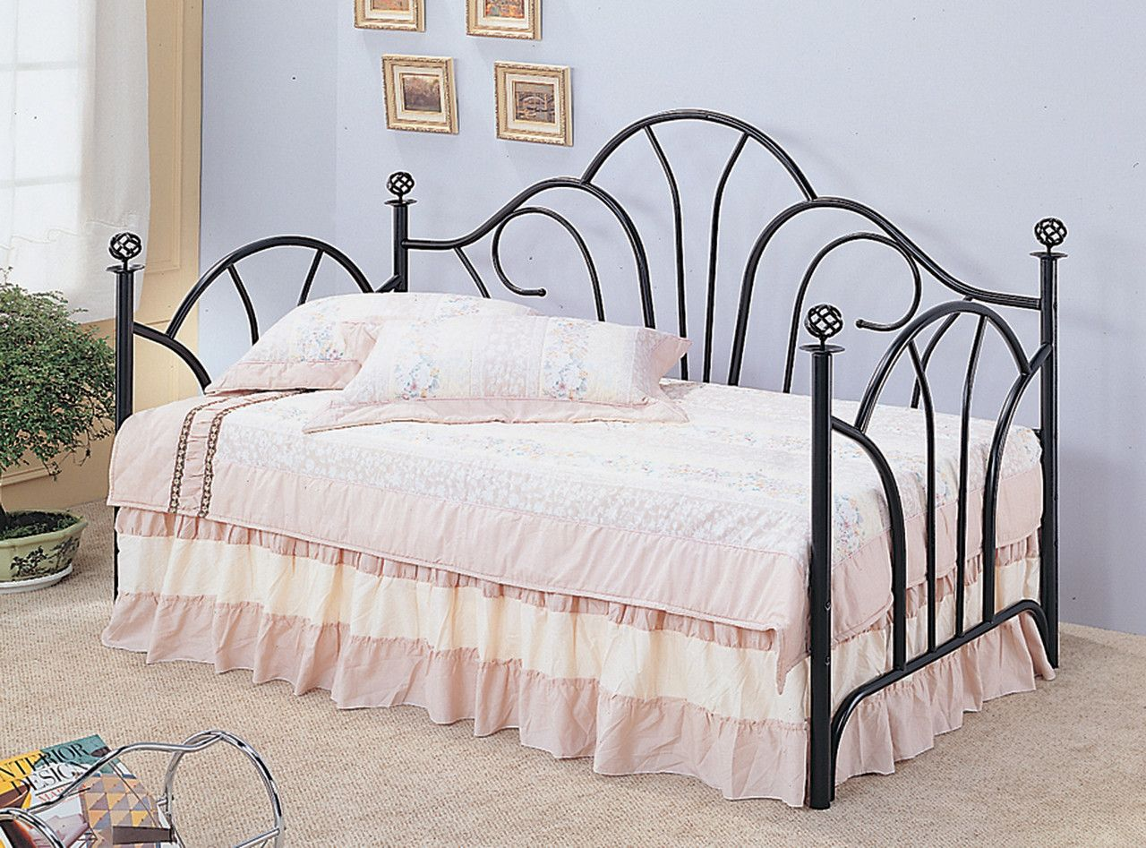 Coaster Vine Twin Metal Daybed Collection