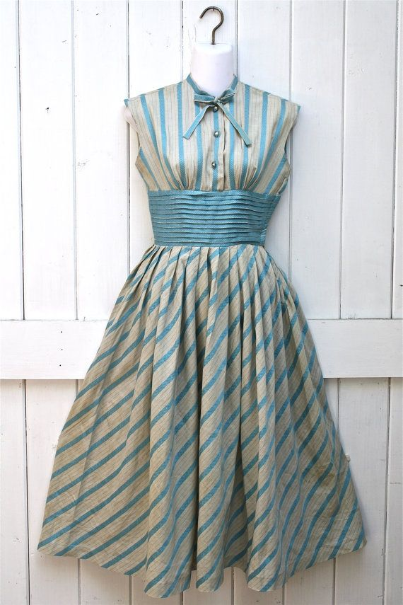 1950's Striped Dress. I love the bow at the neckline....