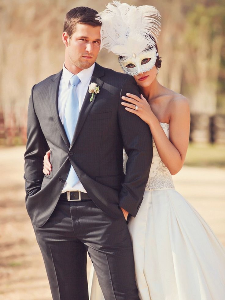 Vintage Masquerade Wedding Inspiration Styled Shoot, anyone?