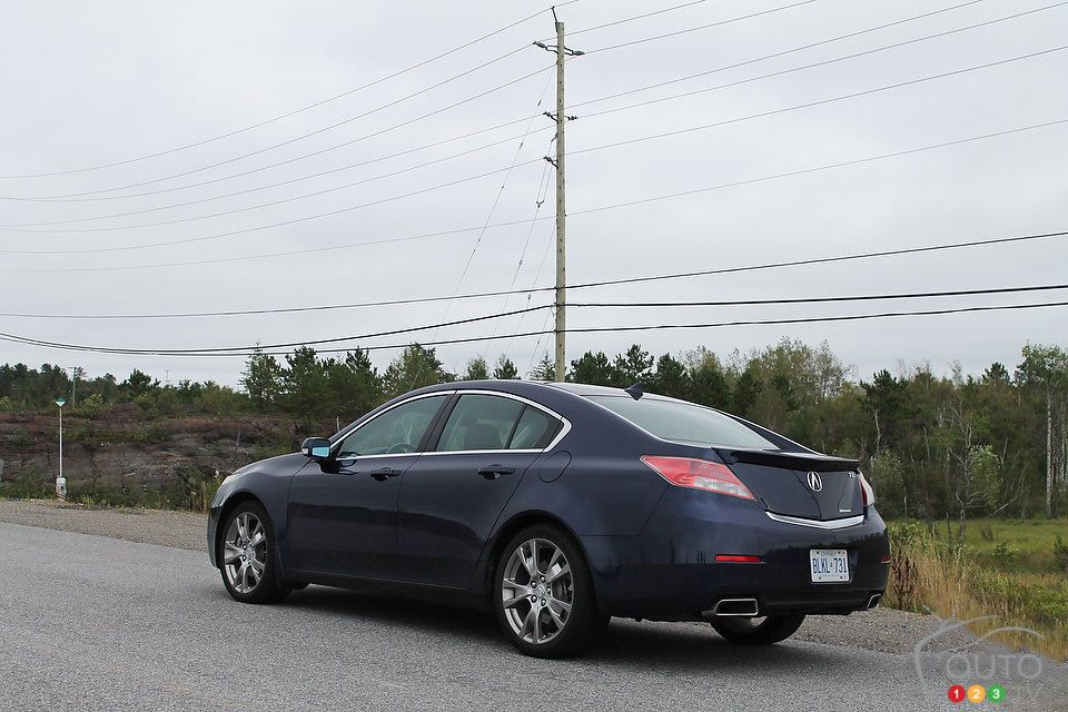 Read this editor's review of the 2013 Acura TL Elite SH