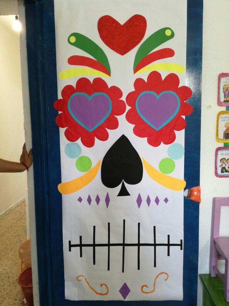 Puerta decorada para d a de muertos dia de muertos dia for Puertas decoradas con dinosaurios