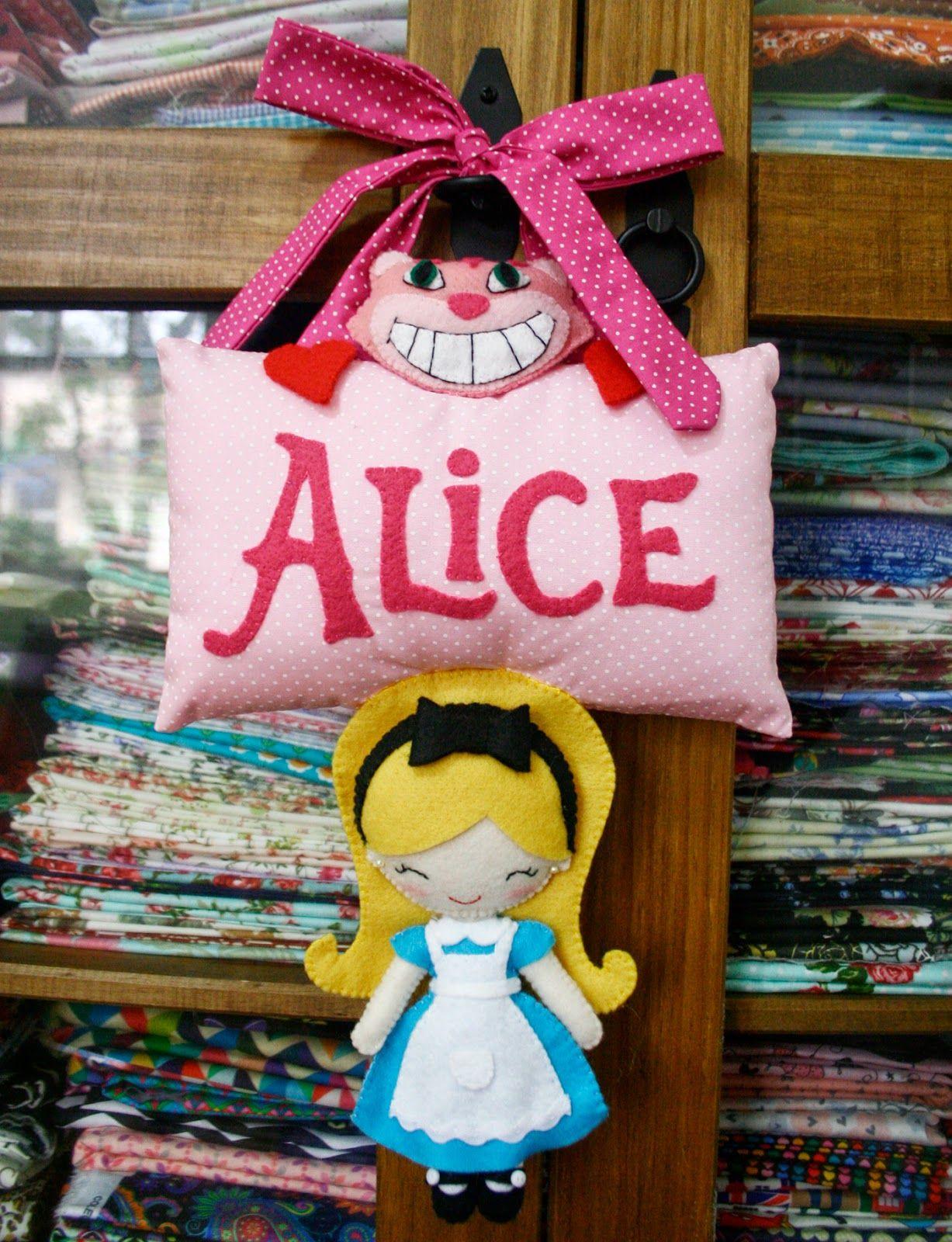 Alice No Pais Dos Feltros Com Molde Molde Alice No Pais Das
