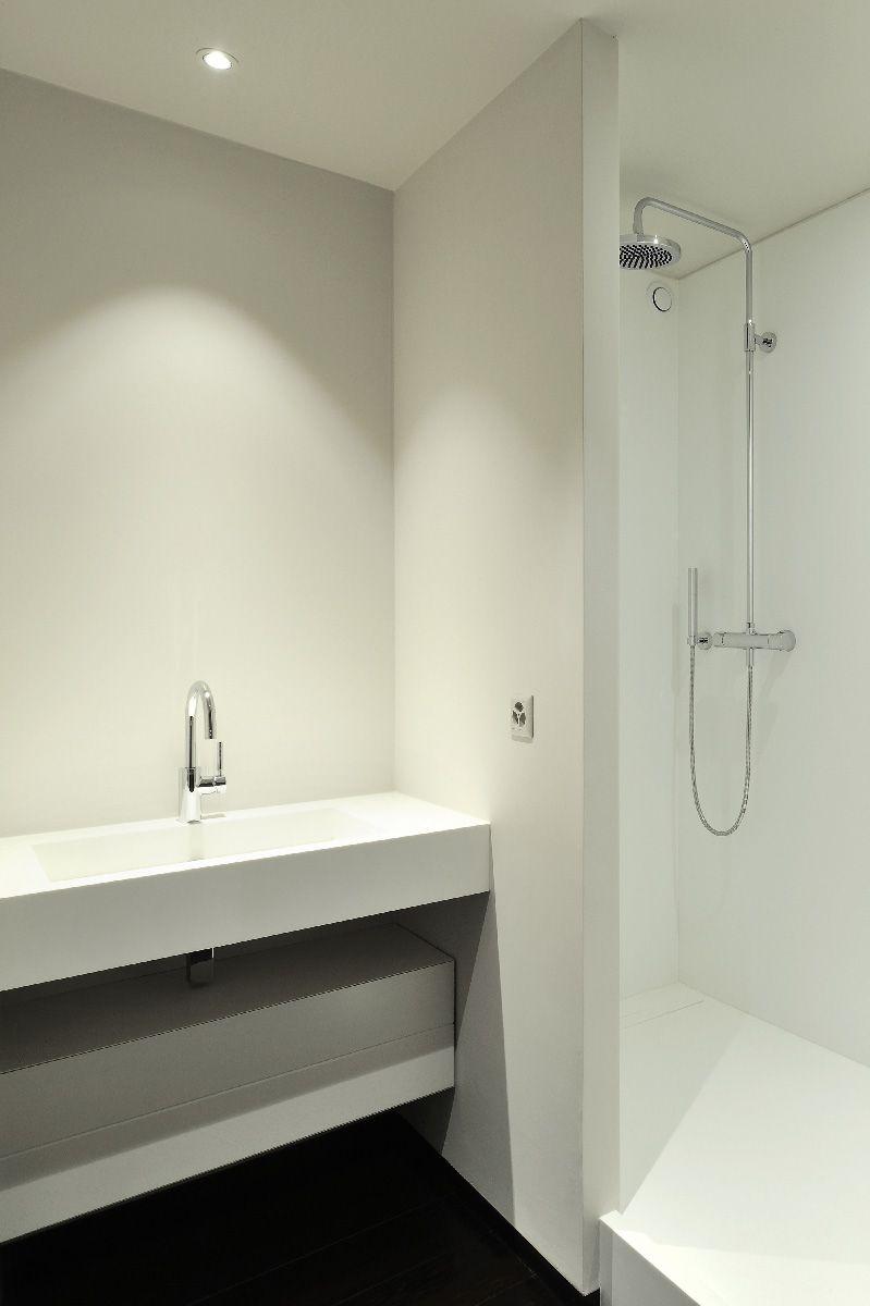 Plan vasque receveur et parois de douche en r sine v korr - Plan salle de douche ...